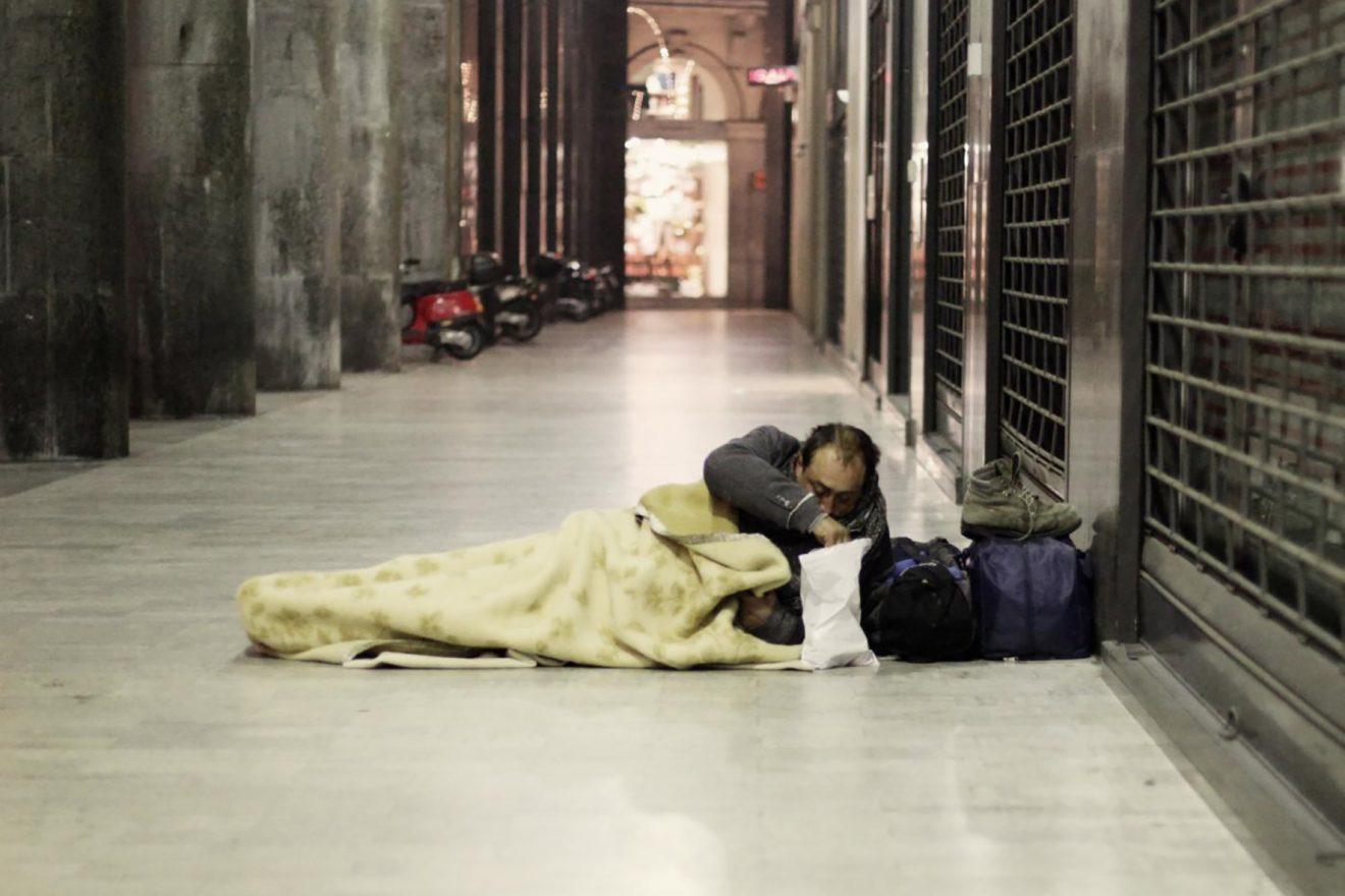 «Piano emergenza freddo»: disponibili 800 posti letto anche in Arcivescovado