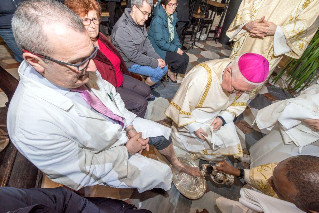 Mons. Nosiglia in Cattedrale presiede Messa in Coena Domini e il rito della lavanda dei piedi, 29 marzo 2018