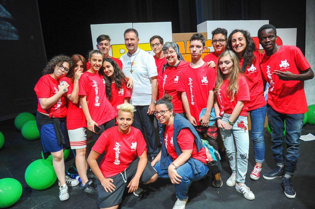 Il rettor maggiore salesiano don Artime con i giovani a Valdocco, Torino 19 maggio 2018