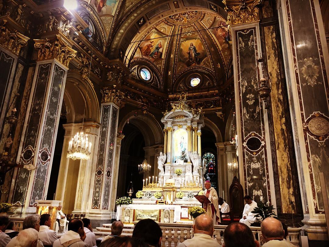 Mons. Nosiglia celebra al Santuario della Madonna della Guardia di Genova il 50º della sua Ordinazione sacerdotale
