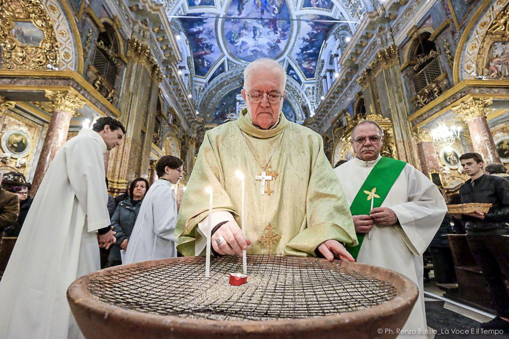 Mons. Nosiglia celebra la Messa in suffragio dei fedeli senza fissa dimora defunti - Torino, Ss. Martiri 17 febbraio 2019