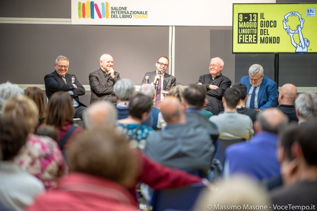 Incontro su «La Chiesa di Francesco» al Salone del Libro di Torino, l'11 maggio 2019.