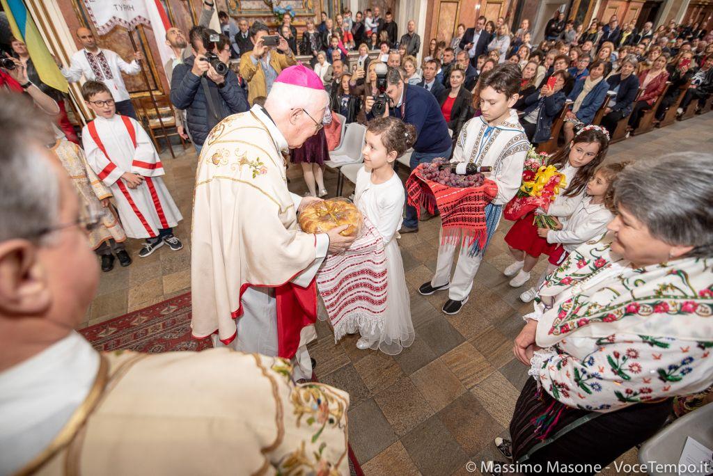 L'Arcivescovo incontra le comunità migranti dell'Europa alla chiesa della Madonna del Carmine, Torino 5 maggio 2019
