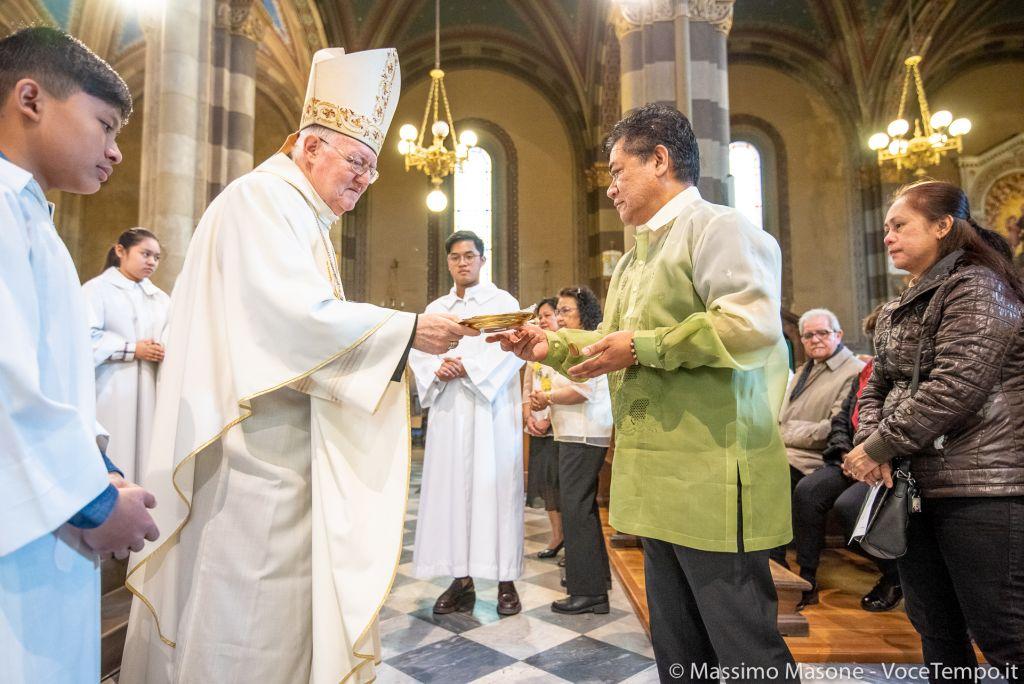 Mons. Nosiglia incontra le comunità asiatiche nell'ambito della visita pastorale alle comunità etniche, Torino 19 maggio 2019