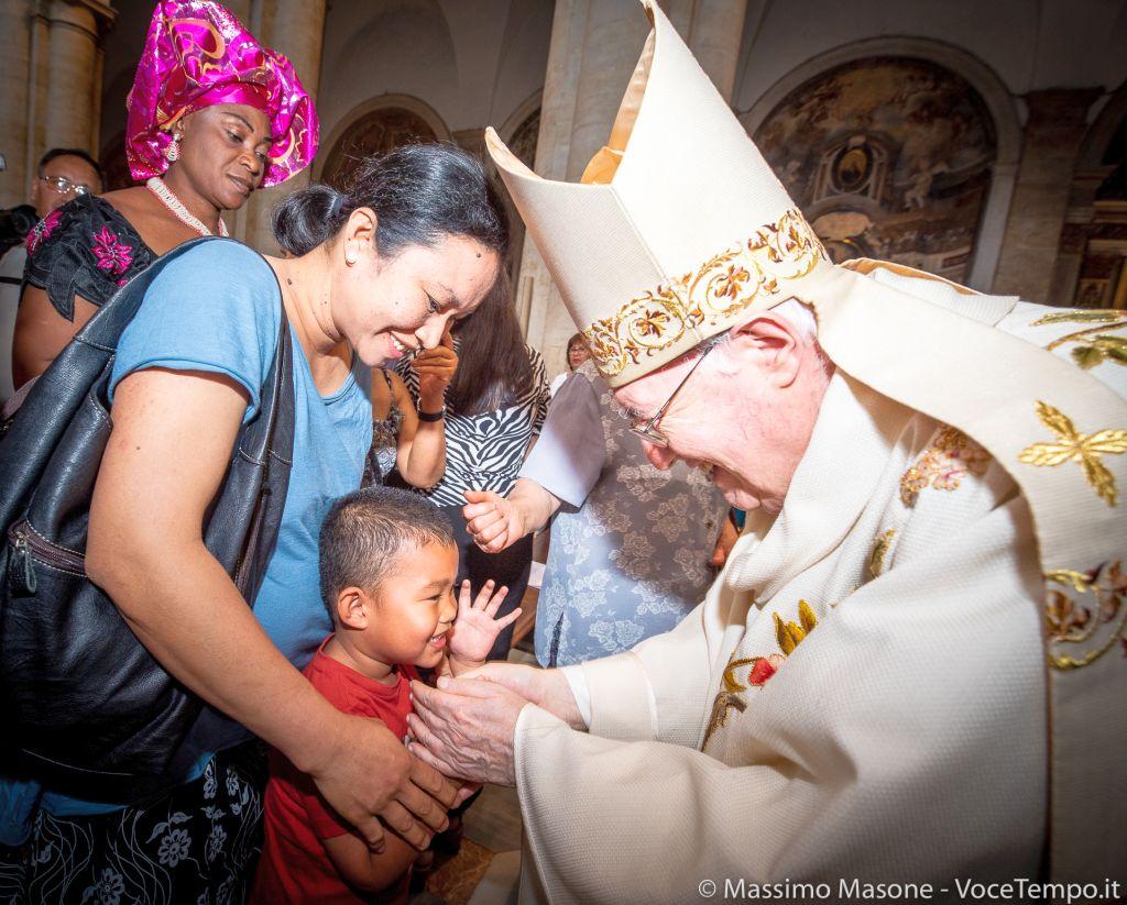 Visita pastorale alle comunità etniche della diocesi: mons. Nosiglia celebra Messa di ringraziamento in Cattedrale - Torino 23 giugno 2019