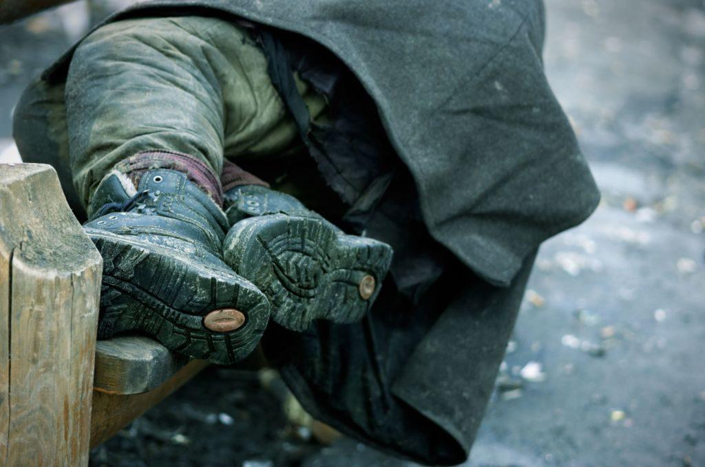 DiocesiTorino - Senza fissa dimora in strada