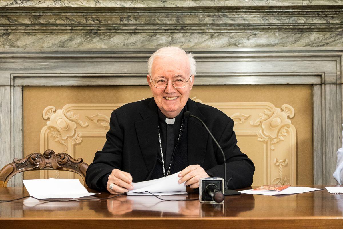 Diocesi Torino: mons. cesare Nosiglia alla conferenza stampa di Natale 2018