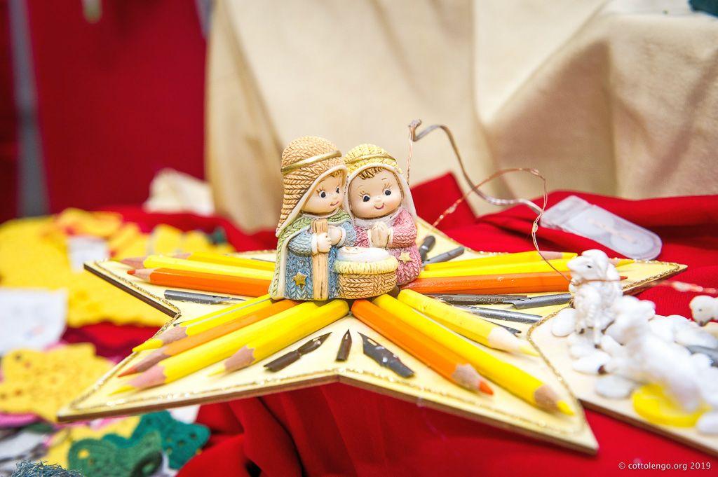 Diocesi Torino: uno degli oggetti fatti a mano in vendita al mercatino di Natale del Cottolengo